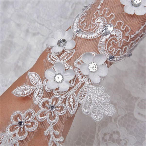 Lace Wedding Gloves Canada